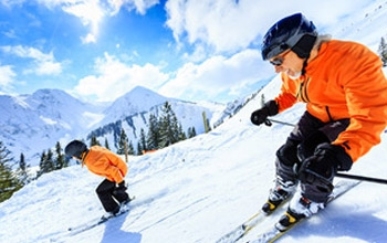 Staying Safe on the Slopes (Avoiding Ski Injury)